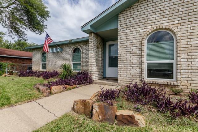 5009 Roberts Drive, The Colony, TX 75056 (MLS #13680718) :: Kimberly Davis & Associates