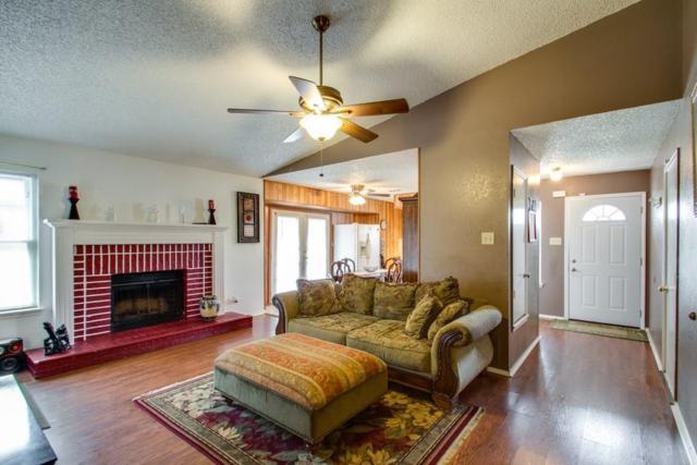 4225 Meadow Park Drive, Arlington, TX 76017 (MLS #13716128) :: Team Hodnett