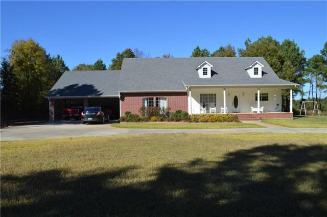 590 Oakwood Drive, Gladewater, TX 75647 (MLS #13721559) :: Team Hodnett