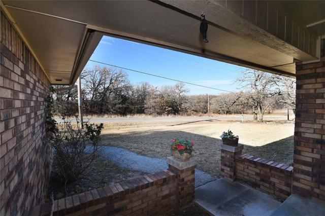 117 Fairway Drive, Nocona, TX 76255 (MLS #13737763) :: Team Hodnett