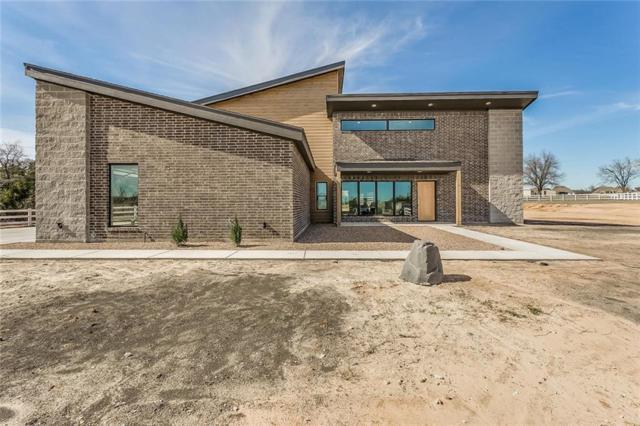 2678 Ranger Highway, Weatherford, TX 76088 (MLS #13772229) :: Team Hodnett
