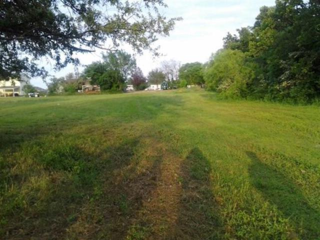 124 S Joplin Road, Kennedale, TX 76060 (MLS #13774508) :: The Real Estate Station