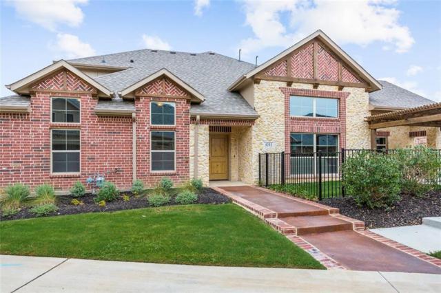 4301 Hurricane Creek Trail, Arlington, TX 76005 (MLS #13777128) :: NewHomePrograms.com LLC