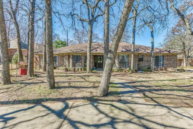 116 Meandering Lane, Burleson, TX 76028 (MLS #13786899) :: Team Hodnett