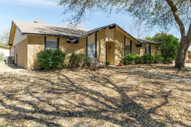 1209 Harvest Glen Drive, Plano, TX 75023 (MLS #13794971) :: Team Tiller