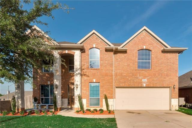 924 Evergreen Lane, Burleson, TX 76028 (MLS #13802119) :: Team Hodnett