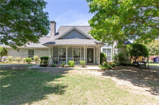 109 Suburban Drive, Ovilla, TX 75154 (MLS #13841620) :: RE/MAX Preferred Associates