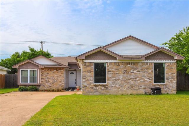 605 Red Coat Lane, Arlington, TX 76002 (MLS #13853824) :: RE/MAX Landmark
