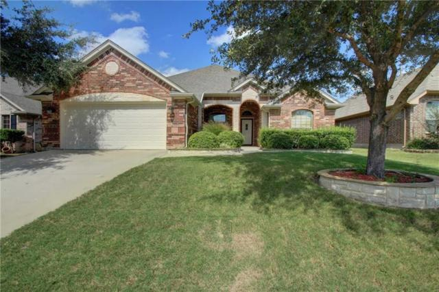 808 Willow Wood Drive, Saginaw, TX 76179 (MLS #13860369) :: RE/MAX Town & Country