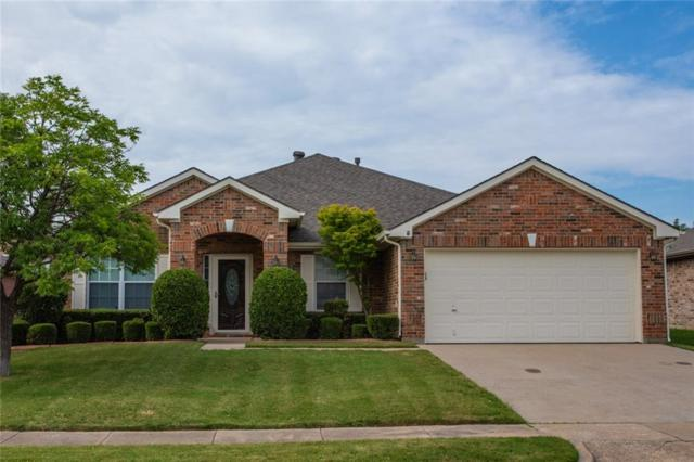 2462 Wayne Way, Grand Prairie, TX 75052 (MLS #13862176) :: RE/MAX Landmark