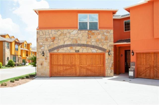 2665 Venice Drive #1, Grand Prairie, TX 75054 (MLS #13864518) :: Century 21 Judge Fite Company
