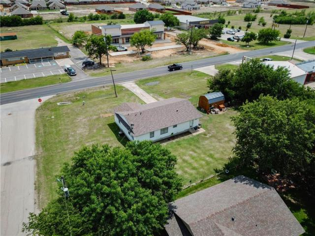 804 W First Street, Justin, TX 76247 (MLS #13866416) :: The Real Estate Station