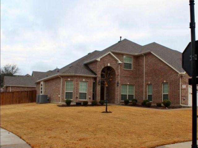 1401 Genesis Drive, Mansfield, TX 76063 (MLS #13869096) :: The Chad Smith Team