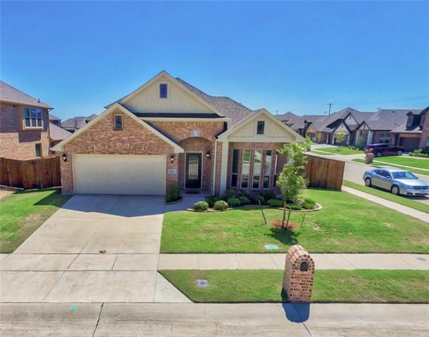 1121 Stampede Drive, Aubrey, TX 76227 (MLS #13904180) :: The Real Estate Station