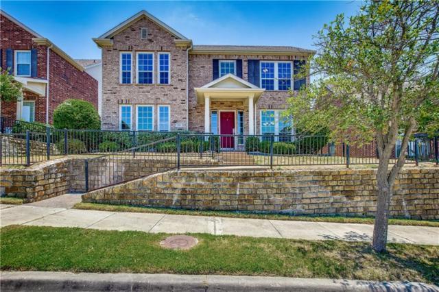 1706 Ivy Lane, Carrollton, TX 75007 (MLS #13905108) :: RE/MAX Town & Country