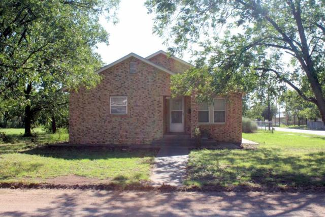 200 N Avenue C, Haskell, TX 79521 (MLS #13907876) :: The Hornburg Real Estate Group