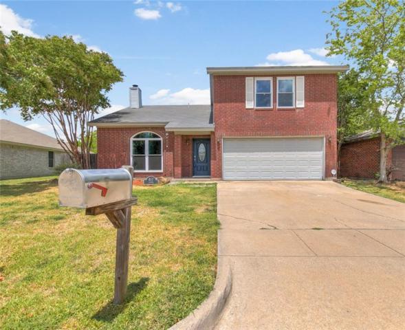 817 Stetter Drive, Arlington, TX 76001 (MLS #13907927) :: Team Hodnett