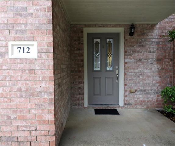 712 Mallard Drive, Saginaw, TX 76131 (MLS #13912174) :: The Rhodes Team