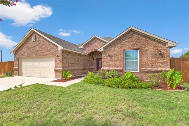 1230 W Bishop Street, Weatherford, TX 76086 (MLS #13929547) :: The Good Home Team