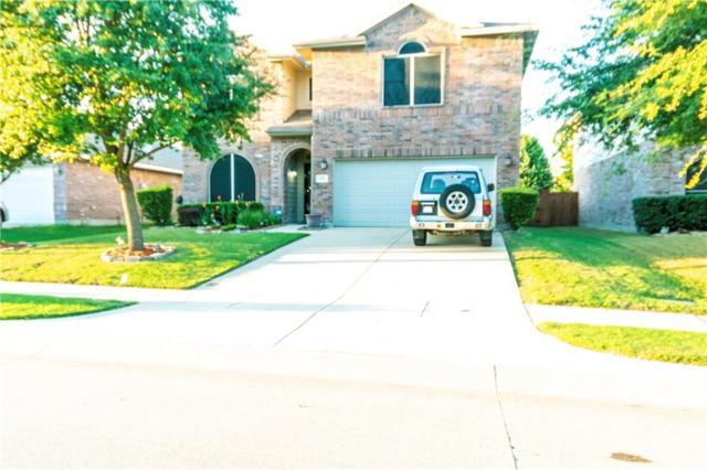 215 Stampede Street, Waxahachie, TX 75165 (MLS #13946355) :: RE/MAX Landmark