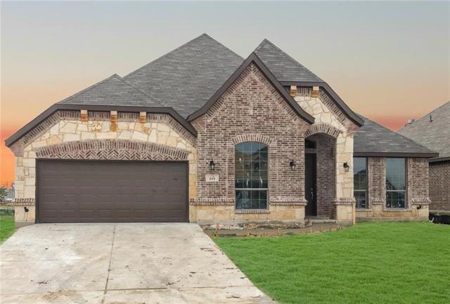 261 Sugar Creek Lane, Saginaw, TX 76131 (MLS #13950000) :: RE/MAX Town & Country