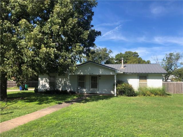 1113 Shawnee, Graham, TX 76450 (MLS #13962094) :: RE/MAX Town & Country