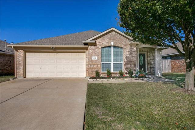 611 Soledad Street, Arlington, TX 76002 (MLS #13967062) :: The Chad Smith Team
