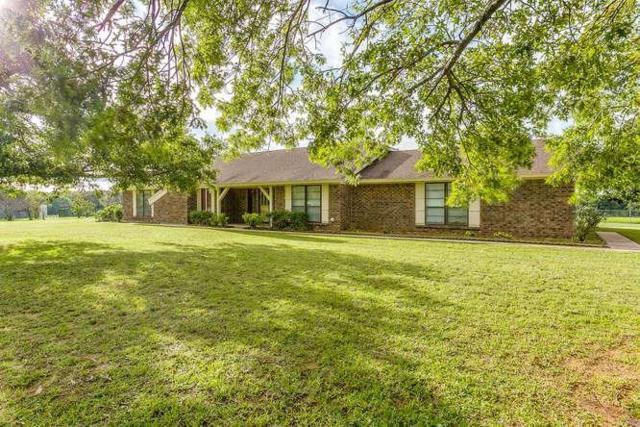 9840 County Road 305, Grandview, TX 76050 (MLS #13979746) :: Potts Realty Group
