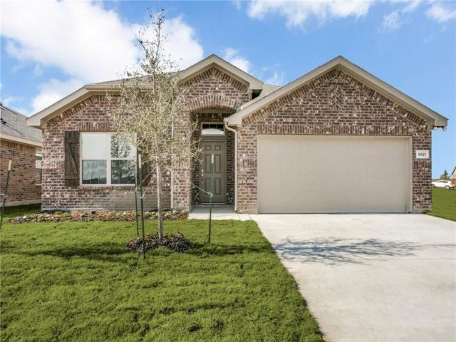 8921 Finn Lane, Fort Worth, TX 76131 (MLS #13987476) :: Real Estate By Design