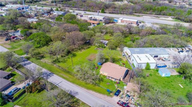 829 N Oak Street, Roanoke, TX 76262 (MLS #13997394) :: RE/MAX Town & Country