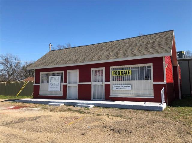 2817 Vaughn Boulevard, Fort Worth, TX 76105 (MLS #14003339) :: RE/MAX Town & Country
