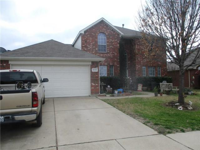 1044 Oarlock Drive, Crowley, TX 76036 (MLS #14006775) :: Kimberly Davis & Associates