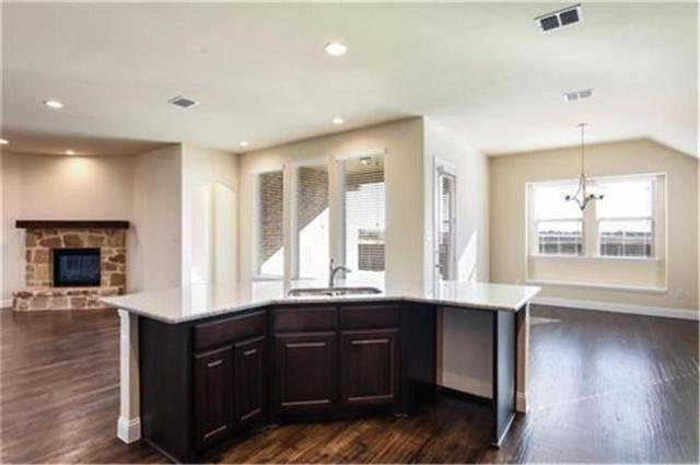 5017 Chisholm View Drive, Fort Worth, TX 76123 (MLS #14011790) :: Kimberly Davis & Associates