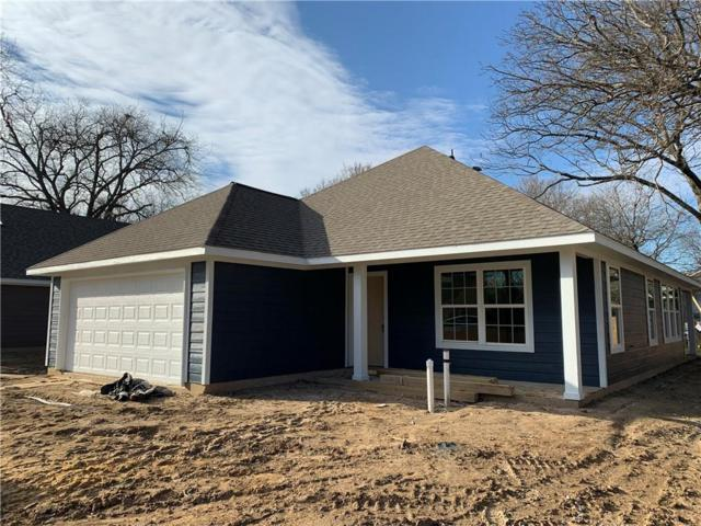 1323 Cherry Street, Gainesville, TX 76240 (MLS #14020619) :: RE/MAX Town & Country