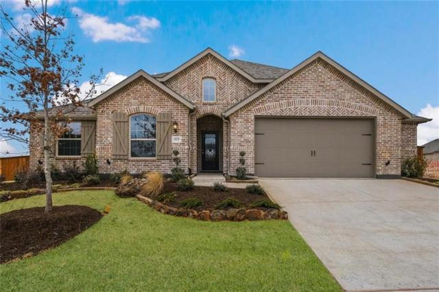 829 Glen Crossing Drive, Celina, TX 75009 (MLS #14030852) :: Real Estate By Design