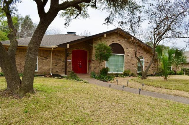 2704 S Surrey Drive, Carrollton, TX 75006 (MLS #14033146) :: RE/MAX Town & Country