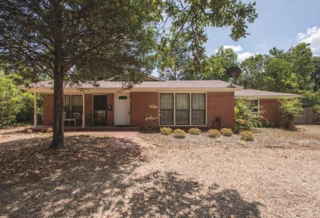 111 W Cayuga, Athens, TX 75751 (MLS #14051413) :: Century 21 Judge Fite Company