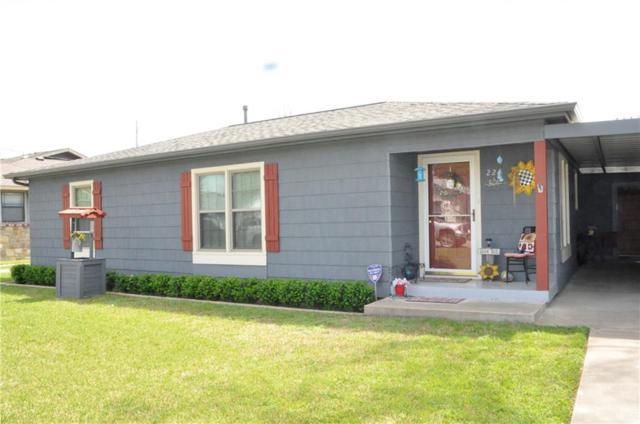 224 E Miller Street, Burleson, TX 76028 (MLS #14053097) :: Robbins Real Estate Group