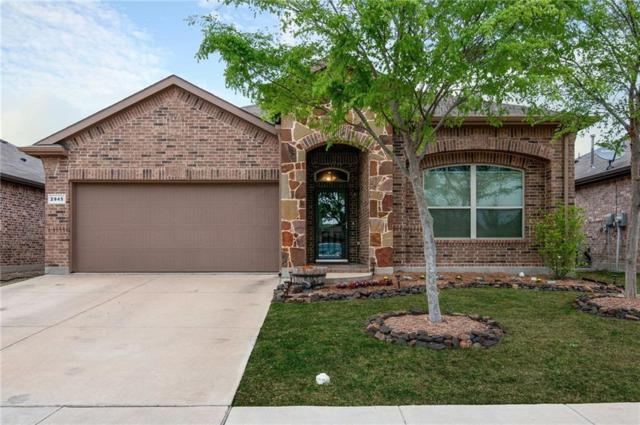 2945 Saddle Creek Drive, Fort Worth, TX 76177 (MLS #14055500) :: RE/MAX Town & Country