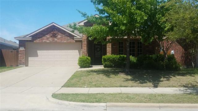 2045 Windsong Drive, Heartland, TX 75126 (MLS #14065675) :: RE/MAX Town & Country