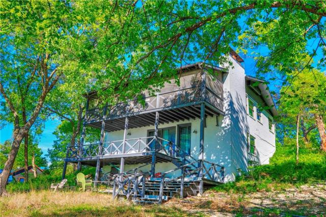 221 Shoreline Drive, Gainesville, TX 76240 (MLS #14067664) :: Roberts Real Estate Group