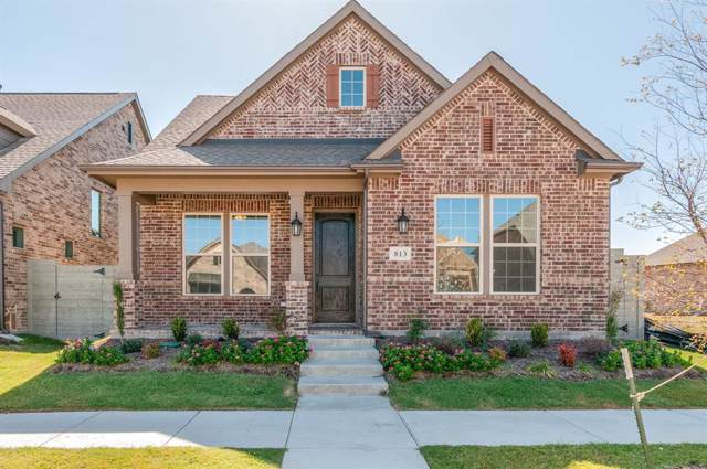 813 Lamp Post Lane, Argyle, TX 76226 (MLS #14068240) :: The Real Estate Station