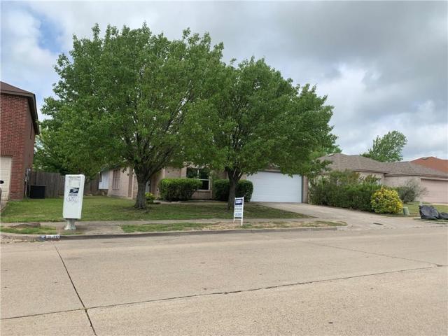 540 Capricorn Street, Cedar Hill, TX 75104 (MLS #14070253) :: Kimberly Davis & Associates