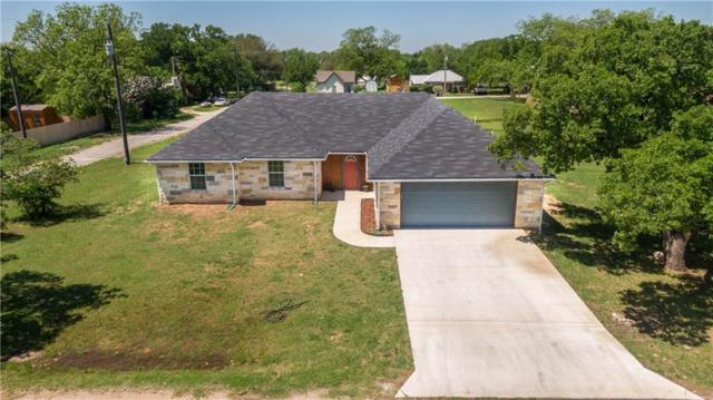 300 N Oak Lane, Tolar, TX 76476 (MLS #14070627) :: RE/MAX Town & Country