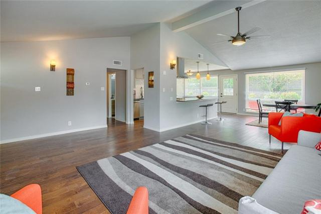 907 Melrose Drive, Richardson, TX 75080 (MLS #14074795) :: Kimberly Davis & Associates