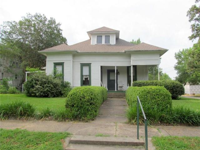 309 W Elm, Winnsboro, TX 75494 (MLS #14078808) :: Lynn Wilson with Keller Williams DFW/Southlake