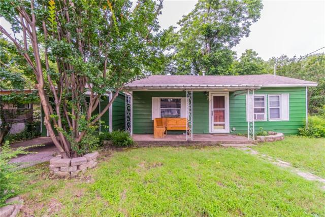 8121 Raymond Avenue, White Settlement, TX 76108 (MLS #14091732) :: RE/MAX Town & Country