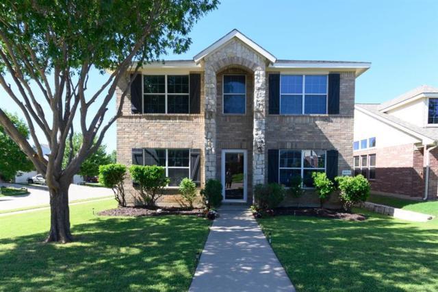 8811 Eastwood Avenue, Cross Roads, TX 76227 (MLS #14092813) :: The Heyl Group at Keller Williams