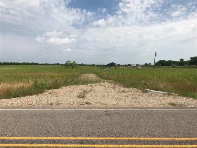 19400 Farm Road 137, Roxton, TX 75477 (MLS #14102528) :: RE/MAX Town & Country