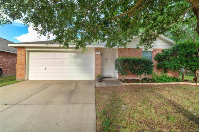 957 Honey Locust Lane, Crowley, TX 76036 (MLS #14110628) :: The Mitchell Group